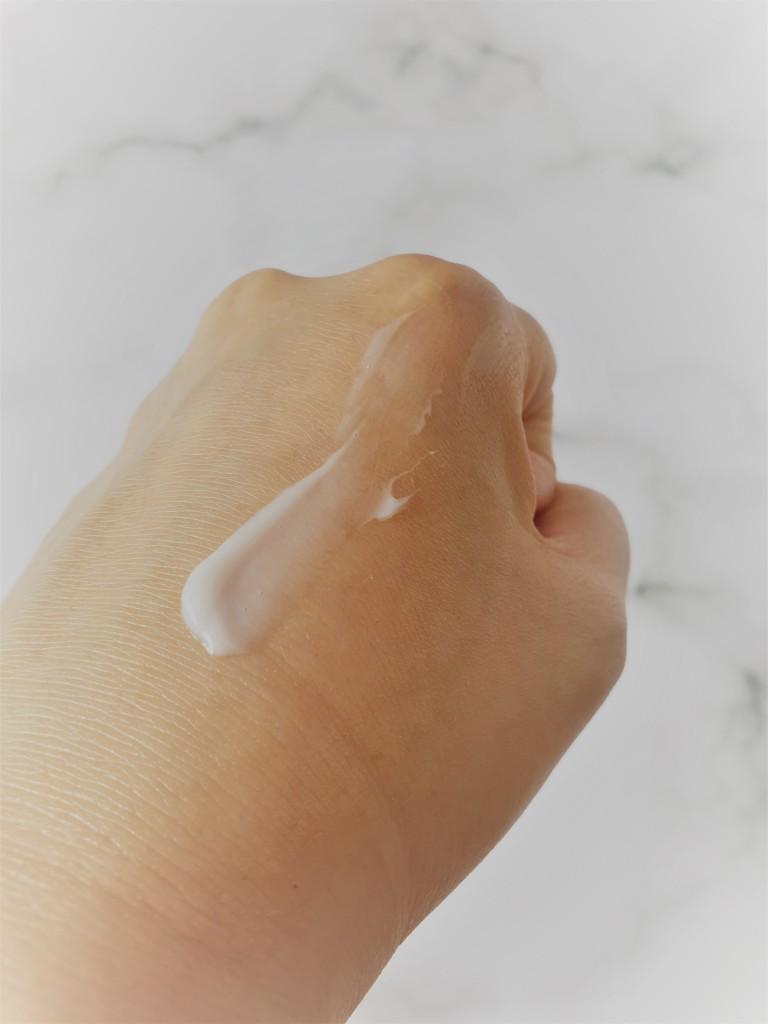 Shiseido HAKU Melanofocus V Whitening Essence